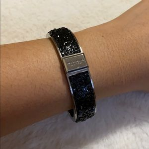Henri Bendel Bangle (black)